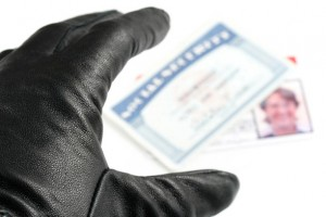 Be On The Lookout For Identity Theft and Fraud During The Holiday Season