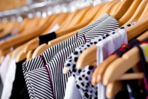 5 Quick Clothing Thrift Store Shopping Tips
