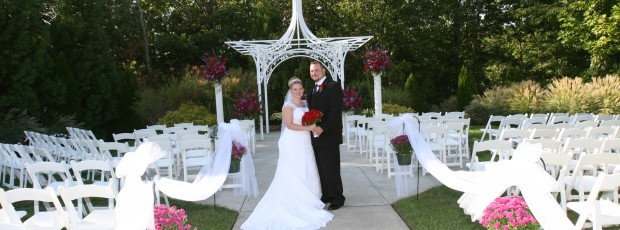 How To Plan A Wedding On A Small Budget Leave Debt Behind